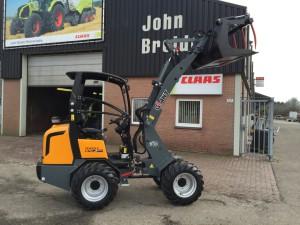 GIANT D337T HD shovel - John Breider Mechanisatie Groningen IMG_3155